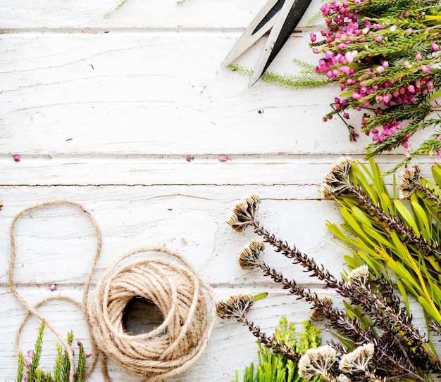 花の花屋の花愛らしいスタイルの花束の花の概念