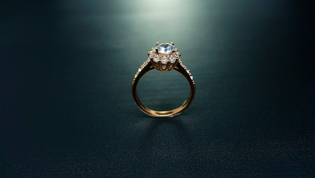 Floral wedding ring with side view pose