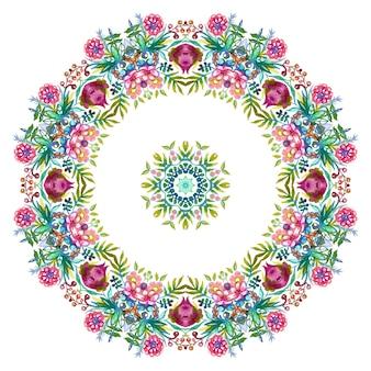 カラフルな春と夏の花と緑の葉と花の花輪。