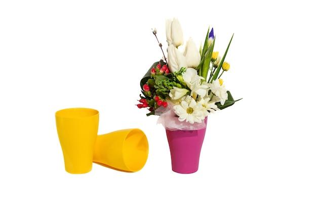 あなたの好きな花の休日の春の花束のための花の花束の構成