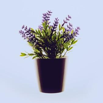 냄비에 꽃. 장식. 최소한의 플랫 레이 디자인