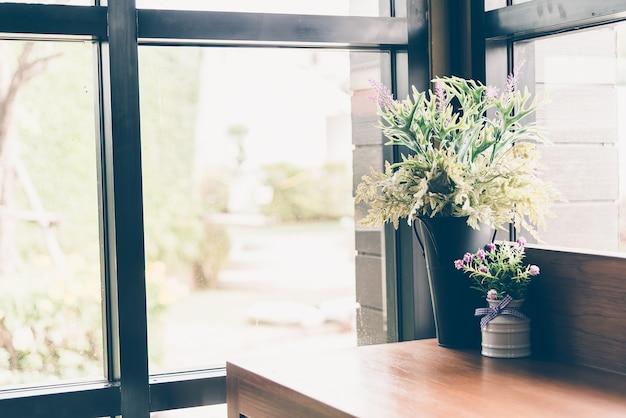 Fiore decorazione vaso d'interni