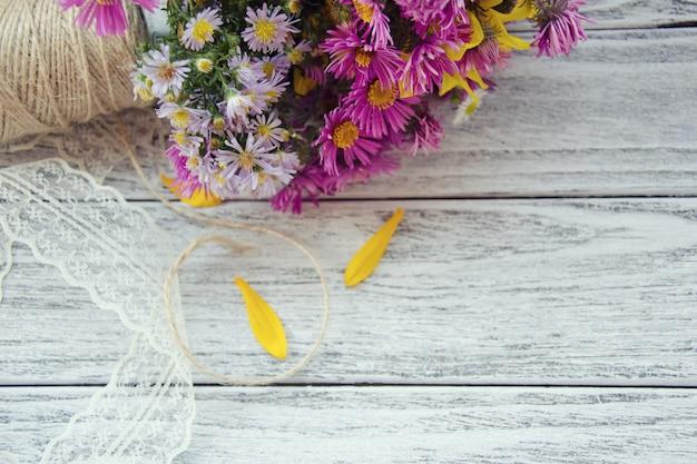 花と糸のスプール