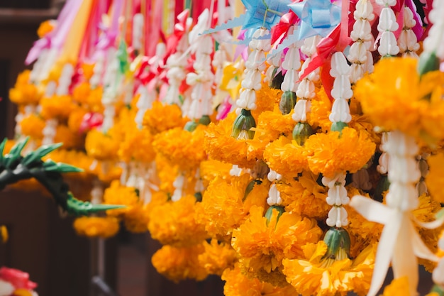 Flowers steering for buddhist worship.
