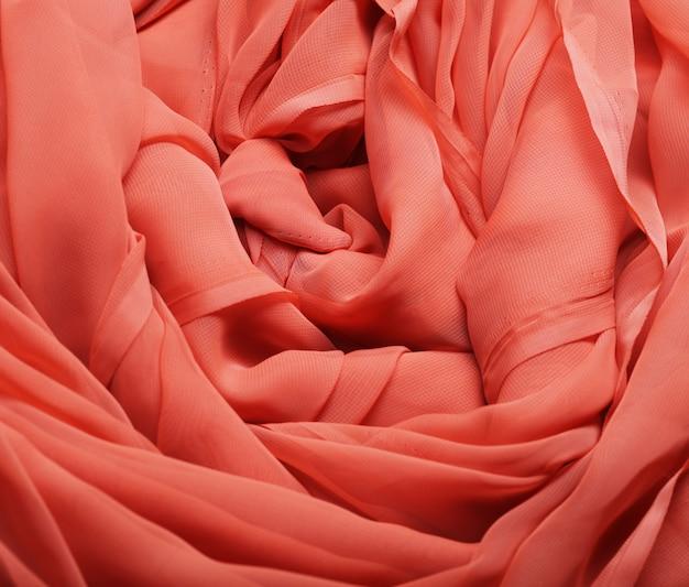 Flowg赤い布
