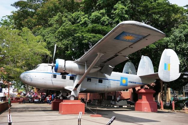 航空機スコットランド航空ツインパイオニアfm1064