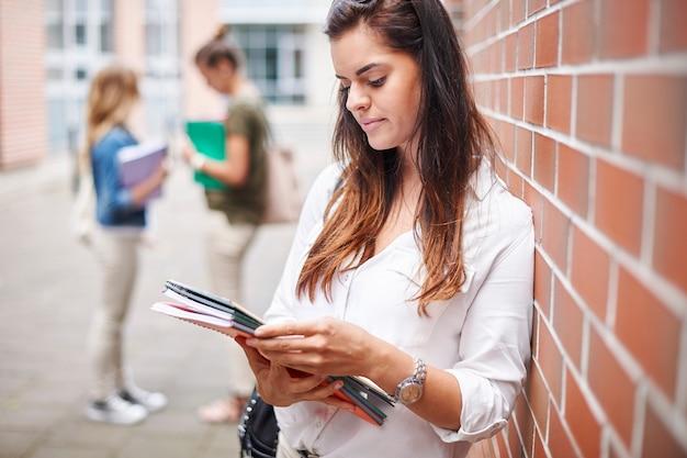 Concentrati sul raggiungimento del successo all'università