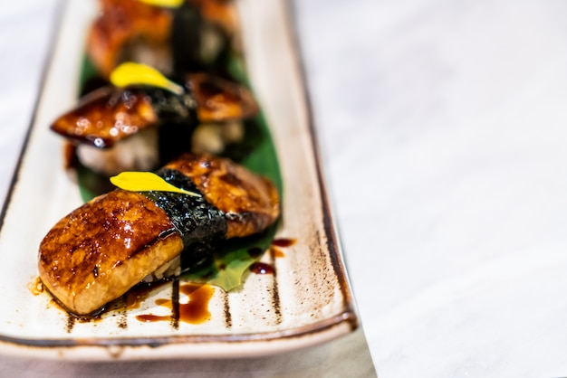 Foiegras寿司和食