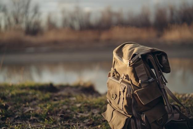 折りたたみ椅子湖畔旅行風景レジャー観光