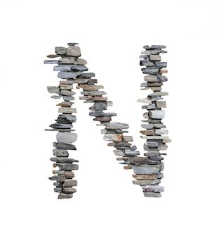흰색에 고립 된 돌 담에서 만들 n의 글꼴.
