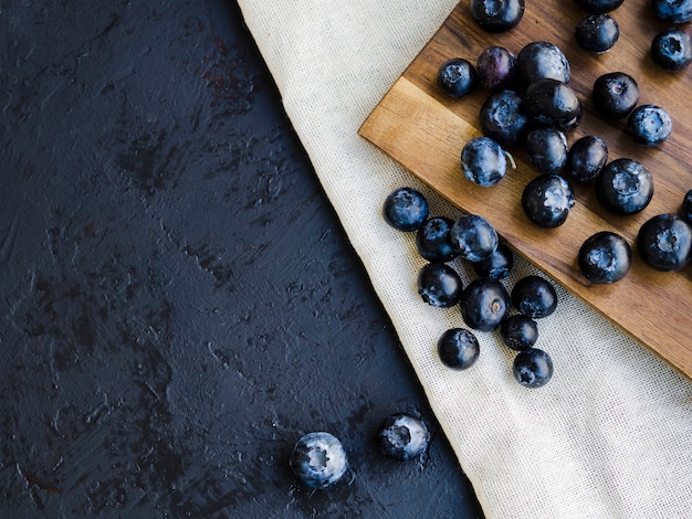 Food composition with blueberries