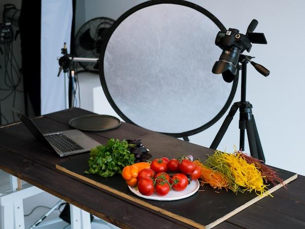 Фуд-фотография, фотостудия, арт-блог, концепция
