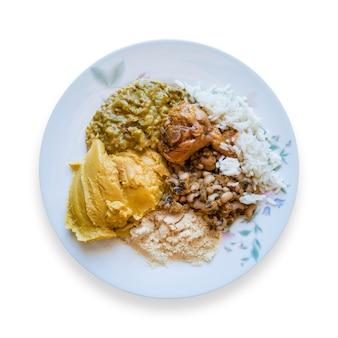 カルルアフロブラジル料理のフードプレート