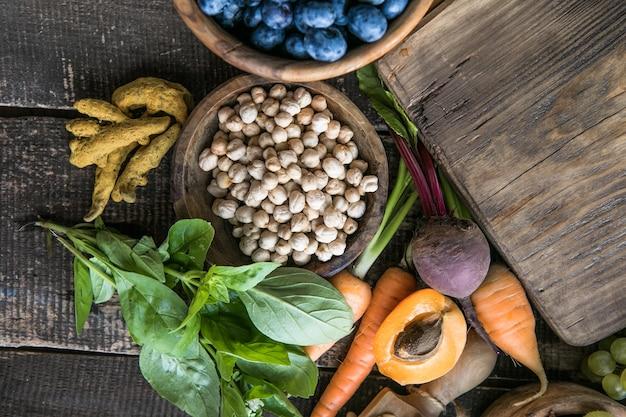 抗酸化物質が非常に多い食品アントシアニン繊維タンパク質オメガ3リコピンビタミンミネラル