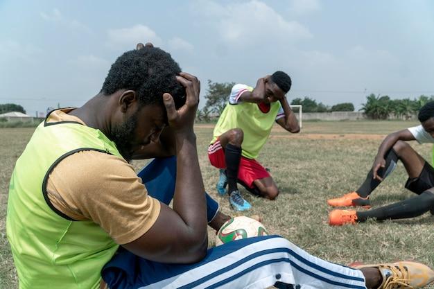 휴식 시간에 축구 팀