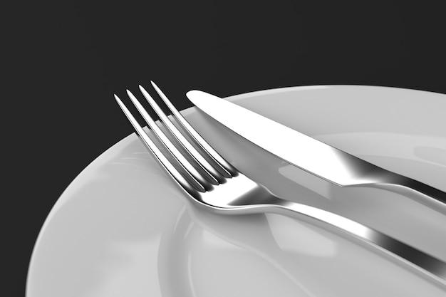 プレート付きフォークとナイフ