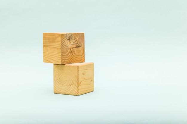 Форма деревянного ящика кубиков для эко продукта.