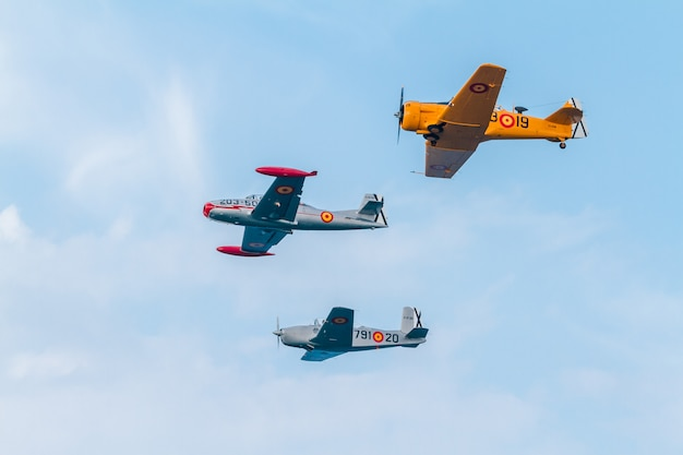 Formation of three aircraft of the fio