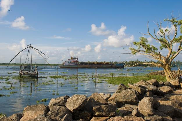高知砦、ケララ州、インド-2010年10月12日:高知湾の湾