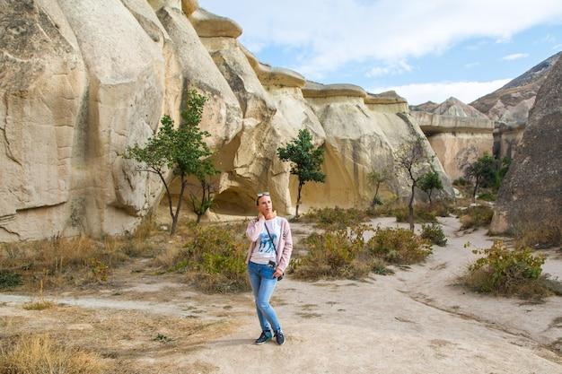 Фото национальный парк cappadocia valley view. фото высокого качества