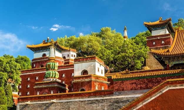 Храм четырех великих регионов в летнем дворце в пекине, китай