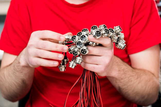 Four pin connectors with thread in hand