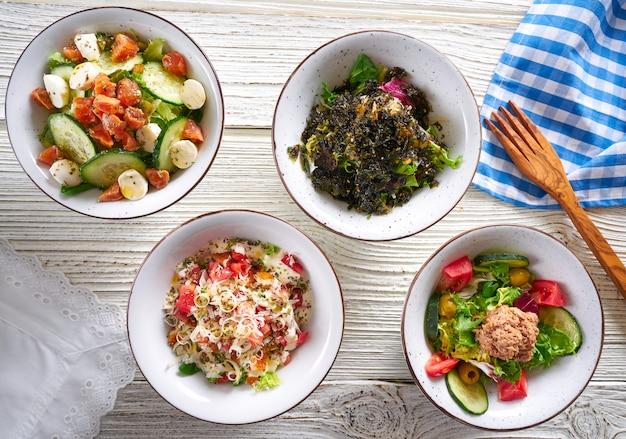 Четыре салатницы микс здоровая пища