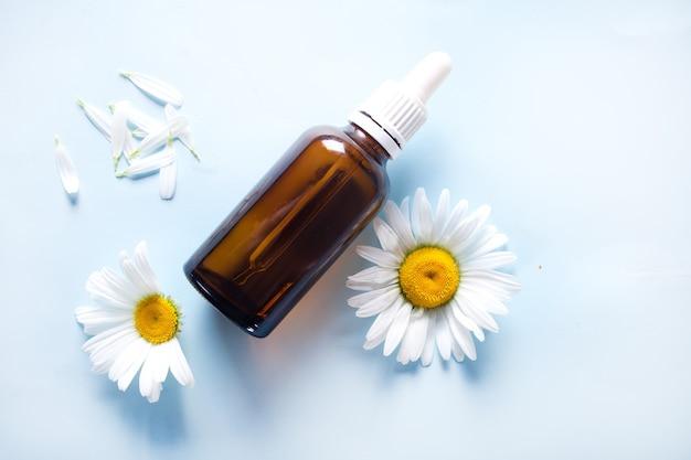 カモミールの花の香りのよいオイルエッセンス