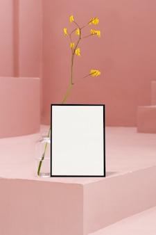ピンクの階段と花のフレーム