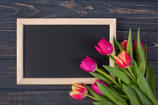 Frame chalkboard with flowers