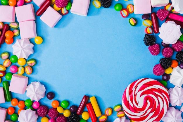 Кадр из конфет