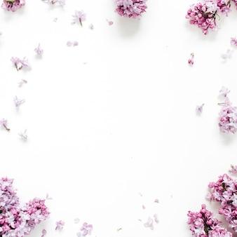 Рамка из сиреневых цветов