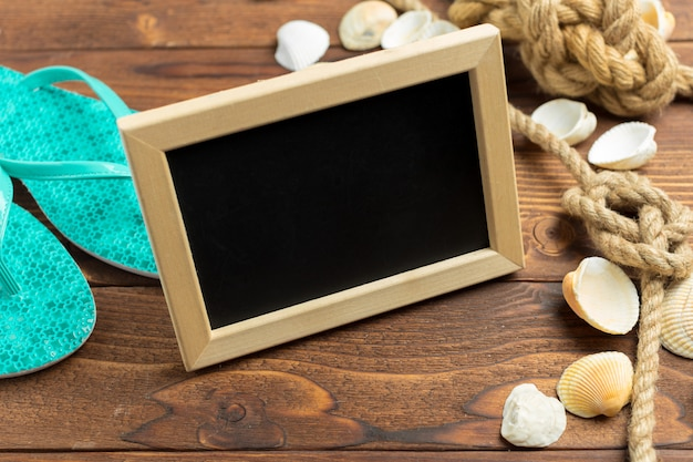 Frame with seashell