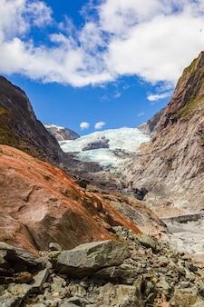 Ледник франца иосифа вид на камень и лед южный остров новой зеландии
