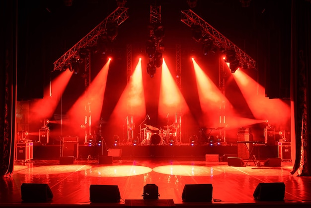 Free stage with lights, lighting devices. on a free srage.