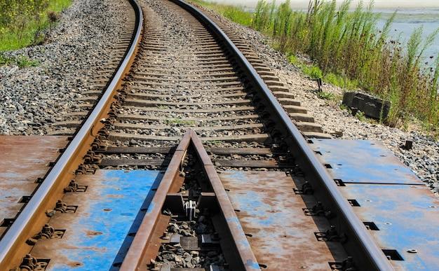 Freight train bridge track division