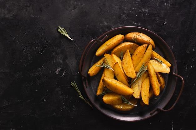 Картофель фри в миске, картофель гриль
