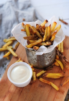 French fries and mayonnaise