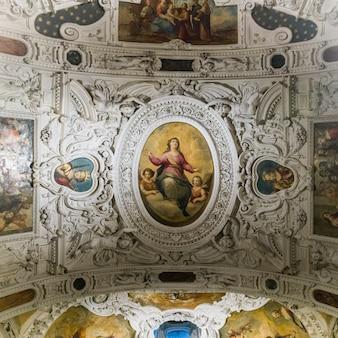 天井のフレスコ画、museo dell&#39;opera del duomo、シエナ、トスカーナ、イタリア