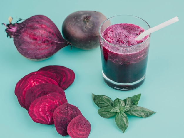 Fresh beetroot slices and juice