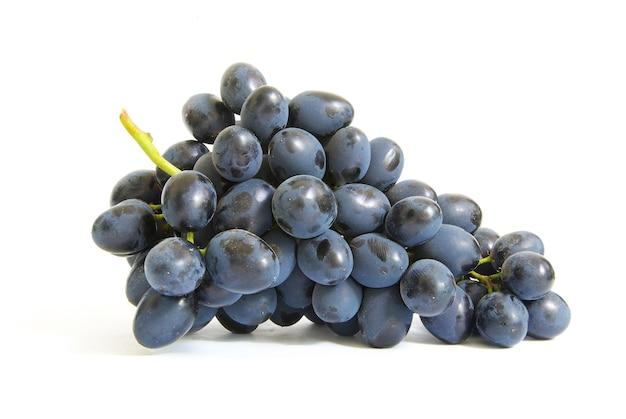 Свежий синий виноград