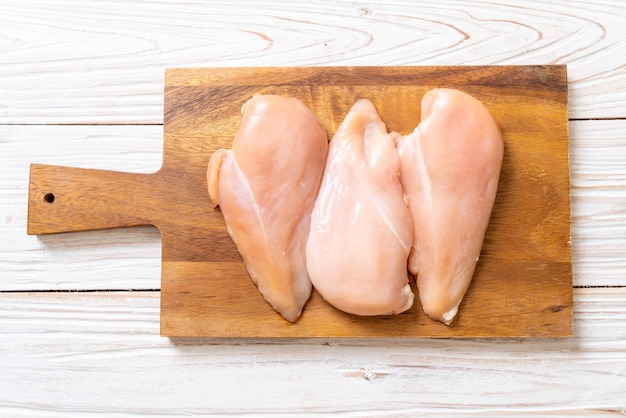신선한 닭 가슴살