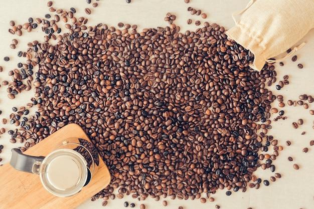 신선한 커피 장식