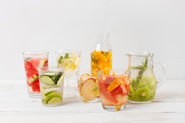 Fresh drinks with fruits flavor