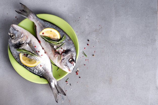 Fresh fishes with lemon