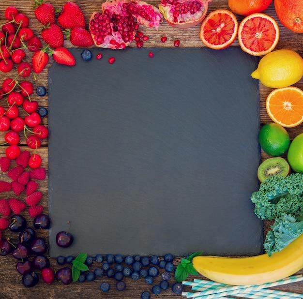 신선한 과일과 열매 여름 음식 프레임