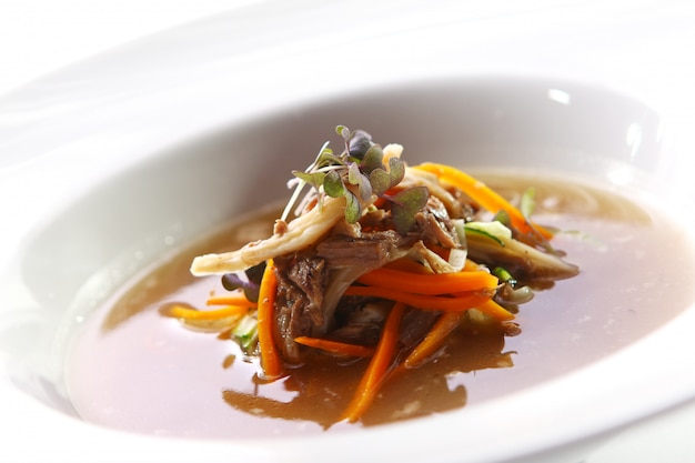 肉と新鮮なグルメスープ