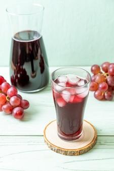Fresh grape juice
