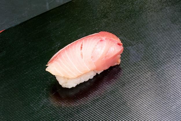 Свежие суши хамаджи