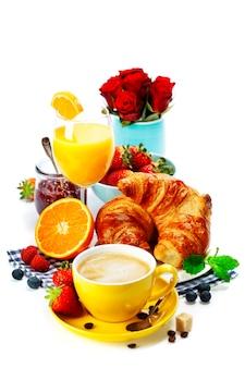 新鮮でヘルシーな朝食